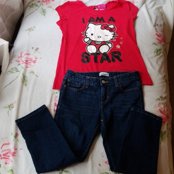 92e007199 Old Navy Jeans & Hello Kitty Top. M_5b1ef45045c8b3b141fb6505